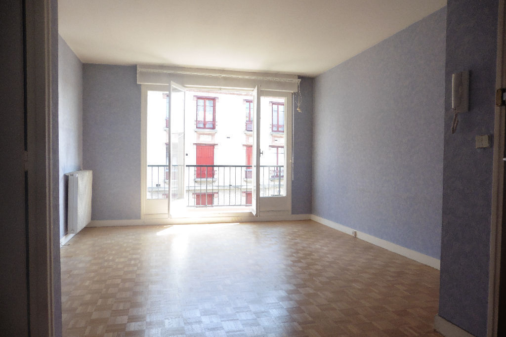 appartement-creteil-3-piece-s-61-58-m2